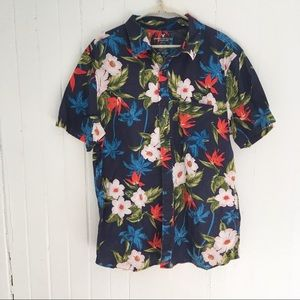 American Eagle Slim Fit Hawaiian Shirt